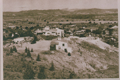 "Home of William S. Hart overlooking a valley near Valencia appearing in an article for ""Pictorial California Magazine."""