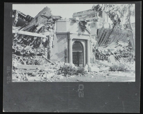 Thomas Jefferson Junior High School, Pacific Coast Hwy. & Gundry Ave, damage from the 1933 earthquake