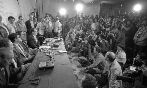 Post-election press conference denouncing voter fraud, Guatemala, 1982