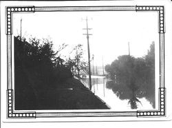 Flood waters on Santa Rosa Avenue (Sebastopol Avenue), looking east toward the Laguna de Santa Rosa in Sebastopol, California, about 1940s