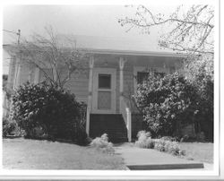 about 1905 Queen Anne cottage house in the Morris Addition, at 306 West Street, Sebastopol, California, 1993