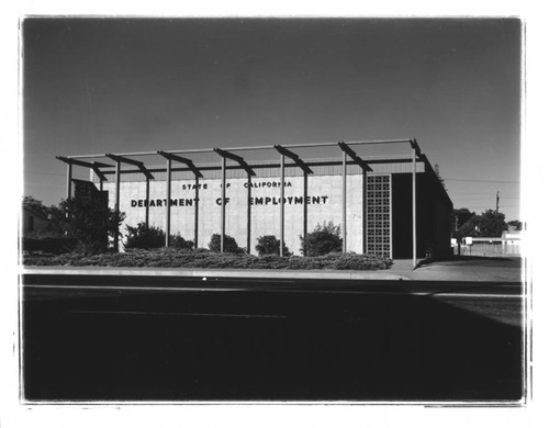California Department of Employment Building, Petaluma, California, 1982