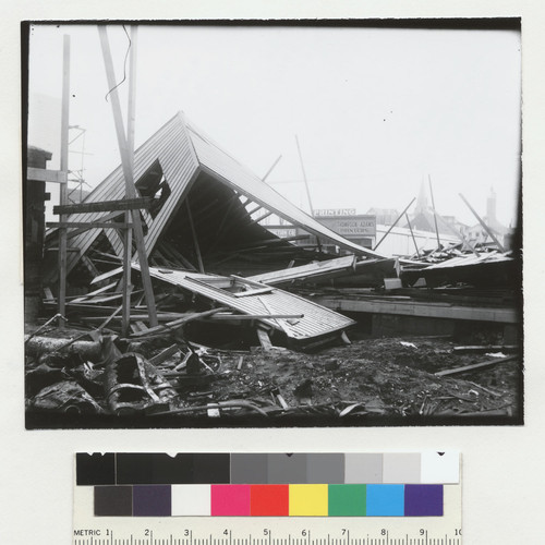 [Ruins of collapsed building, unidentified location.]