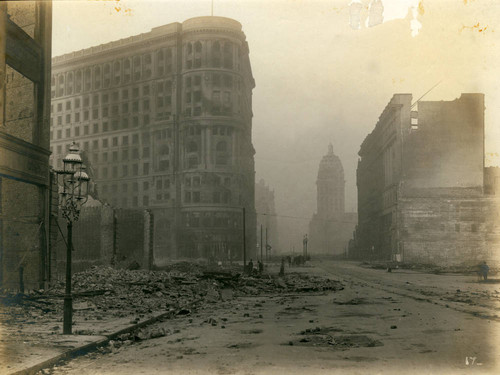 James Flood Building and Market Street, San Francisco Earthquake and Fire, 1906 [photograph]