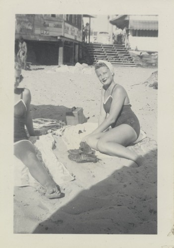 Clare Thurwachter, Joan Porter at Cowell Beach