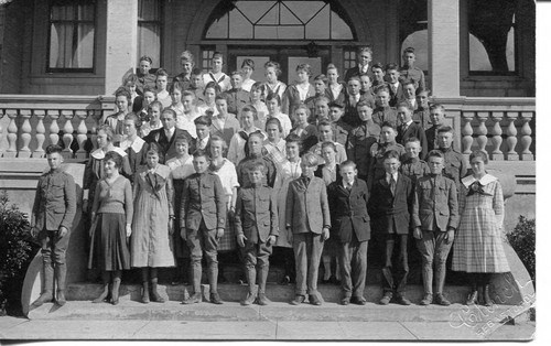 Analy Union High School class of 1921, possibly Freshman year