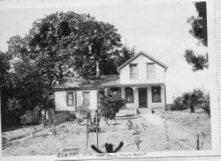 House identified as Oscar Hallberg's home near Graton, about 1900