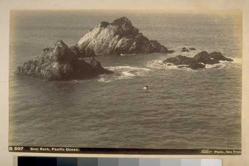 Seal Rock, Pacific Ocean