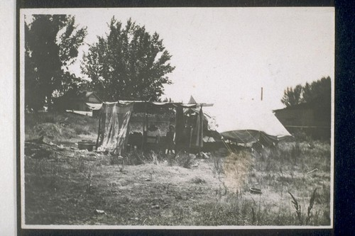 Jap farm labor bed. [Makeshift shelter for Japanese farm laborers.]