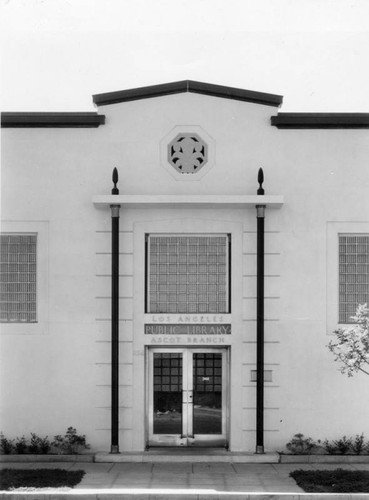 Entrance, Ascot Branch Library