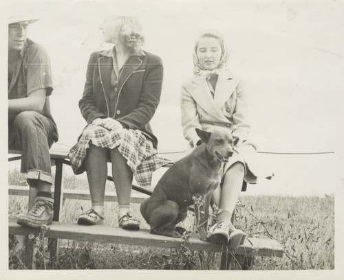Harry Mayo, Sybil Wells, Virginia Horner at Pleasure Point