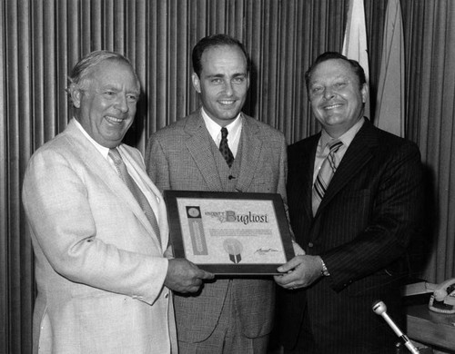 Vincent Bugliosi honored