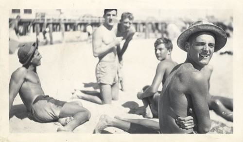 "Harry Mayo, Norm ""Count"" Hanley, Fred Hunt, Harry Murray, Jack Moore on Cowell Beach"
