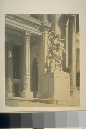 "H461. [""The Genius of Creation"" (Daniel Chester French, sculptor), main entrance to Palace of Machinery (Ward and Blohme, architects).]"