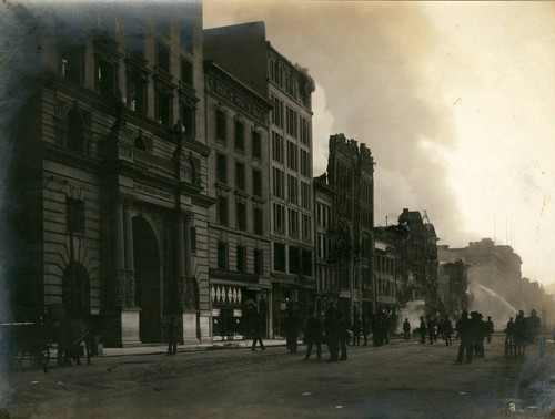 Market Street, between Third and Fourth Streets, San Francisco Earthquake and Fire, 1906 [photograph]