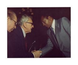 Frederick C. Dockweiler with Mayor Tom Bradley at Italian American lawyers dinner, circa 1975