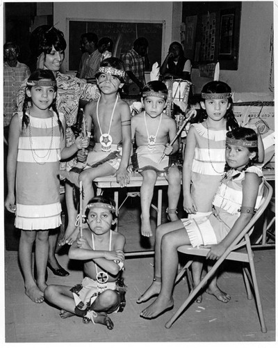 Fernandeno/Tataviam children tribe members