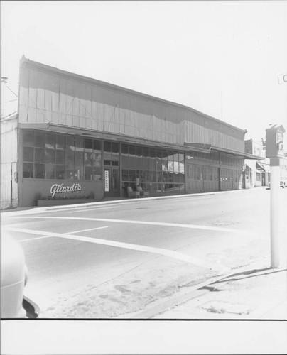 Gilardiu0027s Furniture, Petaluma, California, ...