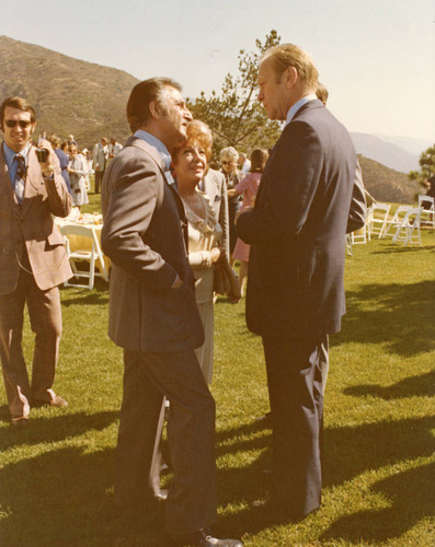 Danny Thomas and President Ford during Pepperdine reception, 1975