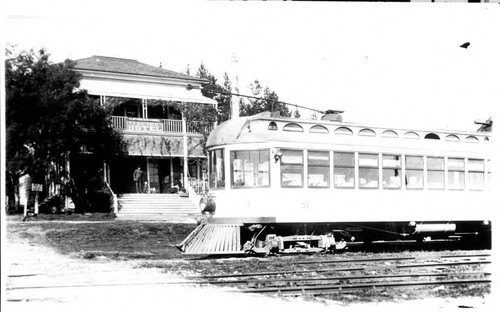 P&SR Car no 51 in front of the Electric Hotel in Forestville, 1910