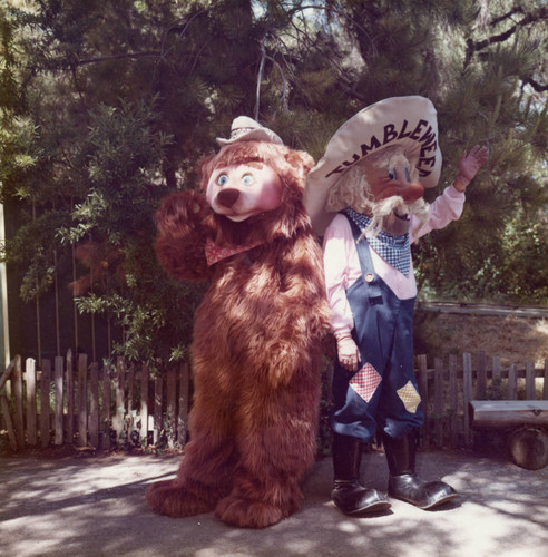 Theodore the bear and Tumbleweed the gold digger at Frontier Village