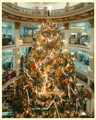 calisphere christmas tree inside city of paris department store. Black Bedroom Furniture Sets. Home Design Ideas