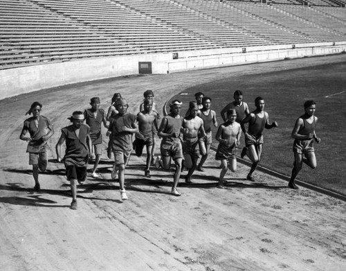 Sherman Indians run in Coliseum