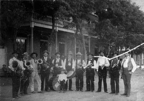 Williams Band in front of Williams Hotel