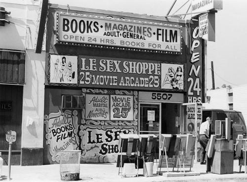 Le sex shoppe north hollywood 91601