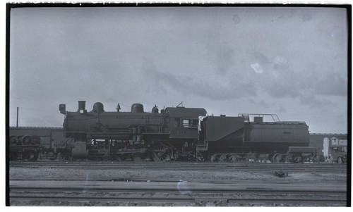SD&A locomotive 105 at roundhouse