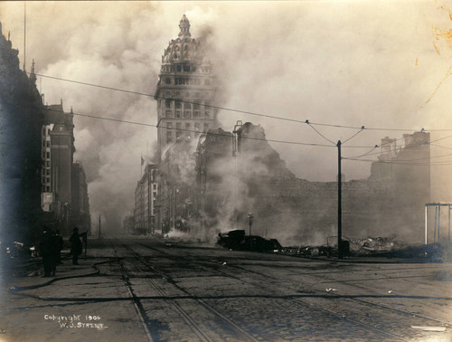 Fire burning on Market Street, San Francisco Earthquake and Fire, 1906 [photograph]