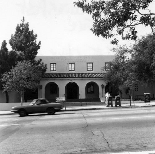 Downtown Burbank Post Office 1976