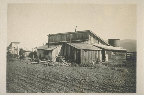 [Housing for Japanese farm laborers.]