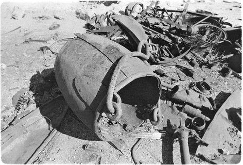 Abandoned mining equipment at Calmallí