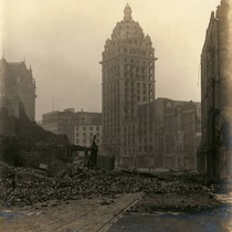 Call Building, San Francisco Earthquake and Fire, 1906 [photograph]