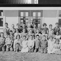 Group portrait of students from the Park Avenue School in Yuba City