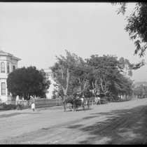 12th Street between Linden and Chestnut, with carriages, Oakland. [negative]