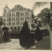 Arlington Hotel, Santa Barbara Quake, June 29-25 [June 29, 1925]