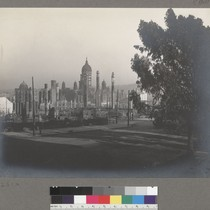 [Ruins of City Hall and vicinity. From Van Ness Ave.?]