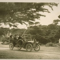 [Unidentified party in automobile, 17-mile Drive. Monterey County.]