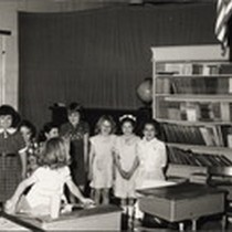 Bidwell Bar School - younger children