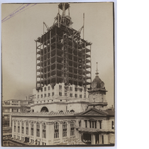 Framework of second tier and cupola of Oakland City Hall, October 1912