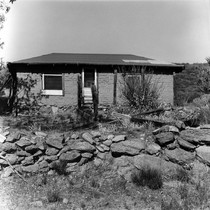 Abandoned house at Volcan Mountain west of Anza-Borrego Desert State Park in ...