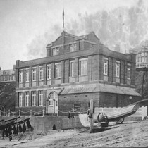 "Dove Marine Laboratory at Cullercoats (Great Britain). General View. ""Cobble"" in Foreground"