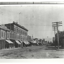 The 100 Block of Main Street, Salinas, California, PH576, ©Salinas Public Library