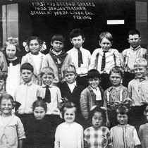 1st and 2nd grades, Yorba Linda Grammar School, Feb 1916