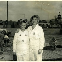 War workers of the Marinship Corporation, Marin County, circa 1943 [photograph]