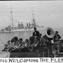 Band welcoming the fleet / Lee Passmore