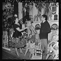 Selling pinatas on Olvera Street, Los Angeles (Calif.)