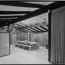 May, Cliff, residence [Cliff May #4; Experimental Ranch House; Skylight House]. Dining ...